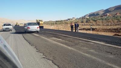 مسئول آسفالت یک کیلومتر باقی مانده جاده شیراز-داریون کیست؟