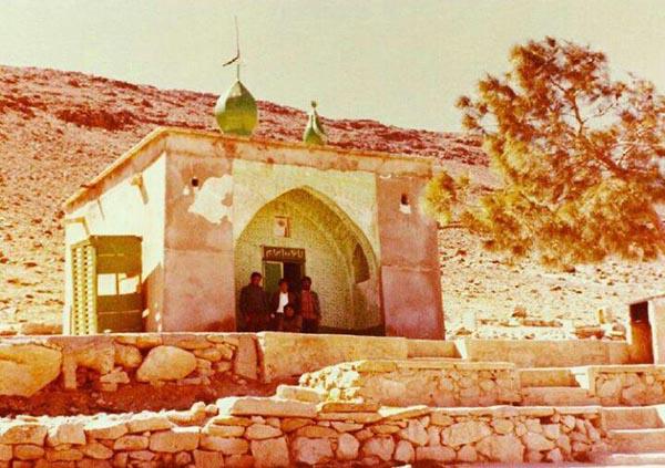 عکسی قدیمی از امام زاده ابراهیم (ع)