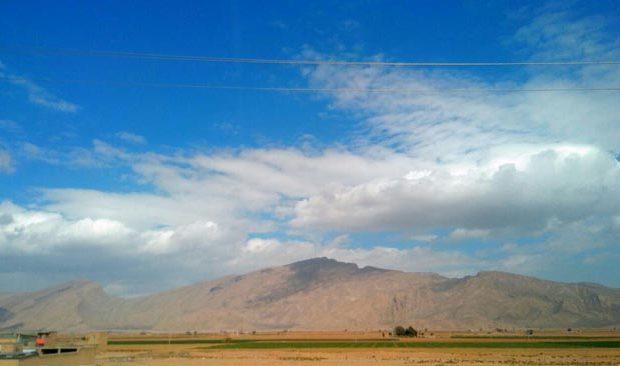 نمایی زیبا از کوه گدوان در یک روز پاییزی/عکس