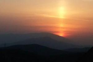 غروب اردیبهشت۹۵ در نزدیکی های داریون+عکس