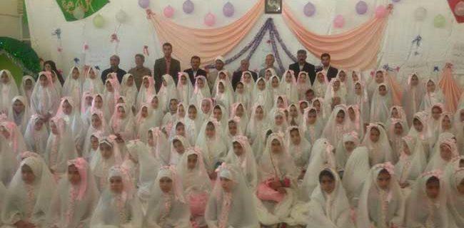 جشن تکلیف دانش آموزان دختر پایه سوم دبستانهای منطقه داریون برگزار شد
