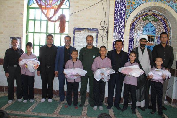 از نوجوانان شرکت کننده در نماز جماعت مسجد و نماز جمعه تقدیر شد