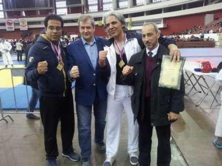 رزمی کار داریونی دو نشان مسابقات کیک بوسینگ روسیه کسب کرد