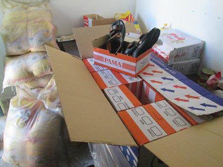 50 خانواده نیازمند منطقه داریون عیدانه دریافت کردند