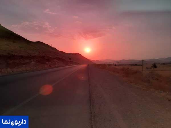 غروب جاده شیراز داریون به وقت تیرماه ۹۸
